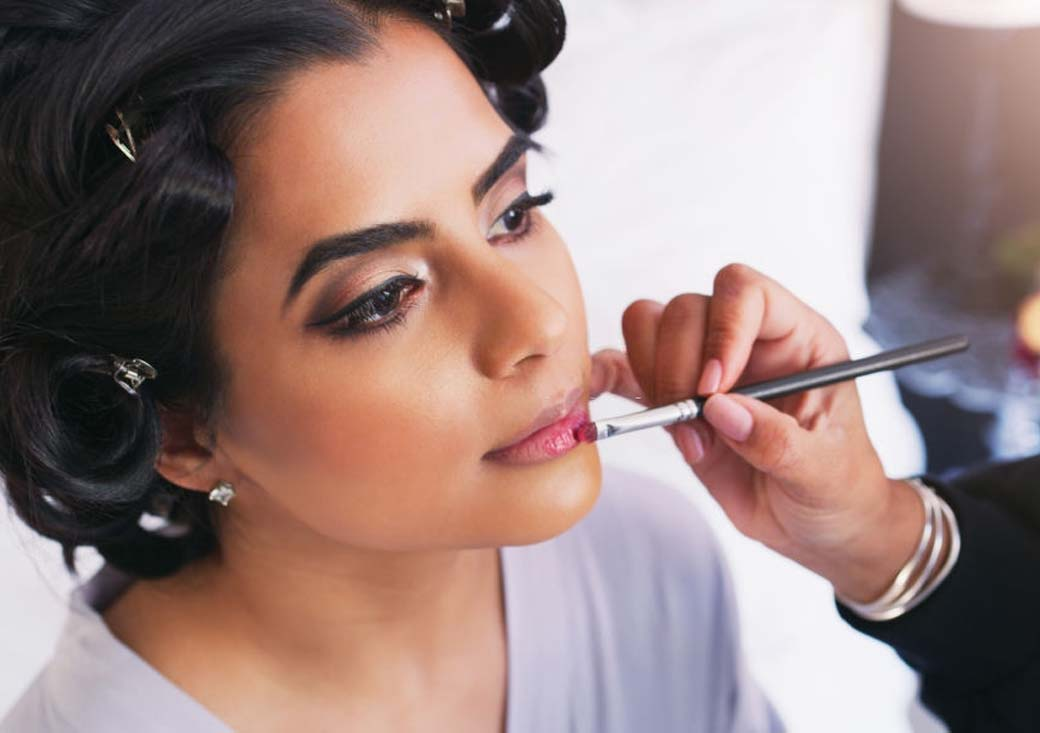 Best Beauty Parlour In Hyderabad For Facial And Bridal Makeup Services